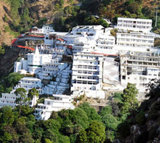 Vaishnodevi Yatra with Exotic Kashmir Tour